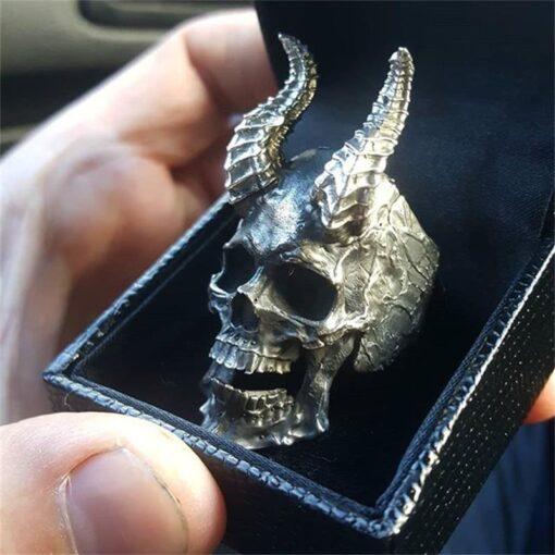 Horned Skull 3