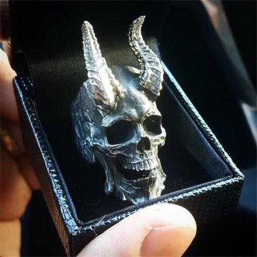 Horned Skull 2